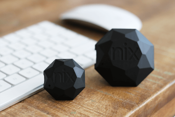 The Nix Pro and Mini sit beside each other on a desk